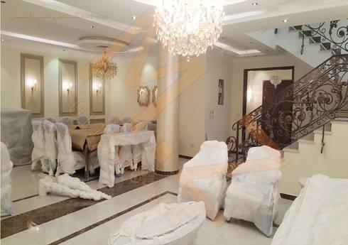 الصاله السفلية :  غرفة السفرة تنفيذ شركة زمزم للتصميم و التفيذ المعماري
