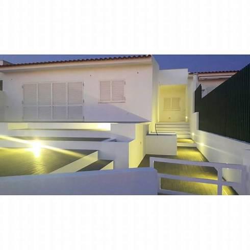 PROJETO DE REMODELAÇÃO DE EXTERIORES: Jardins de Inverno minimalistas por all Design  [Arquitectura e Design de Interiores]