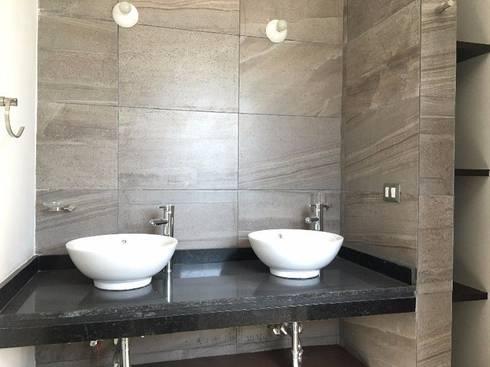CASA PICASO: Baños de estilo  por DISEÑO APLICADO AVANZADO DE GUADALAJARA