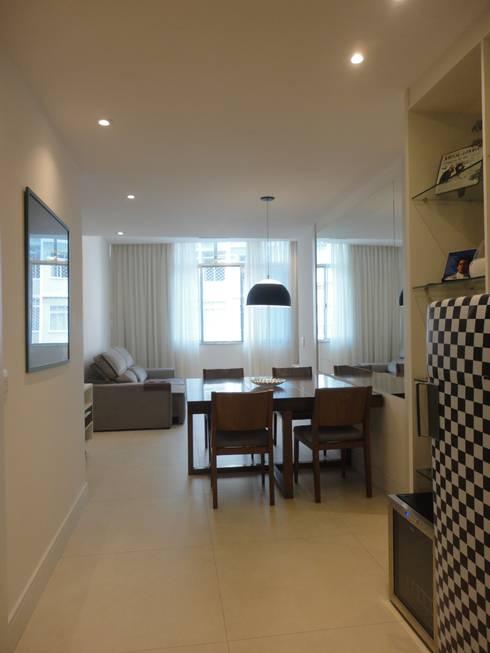 Sala de estar e sala de jantar: Salas de jantar modernas por Maria Helena Torres Arquitetura e Design