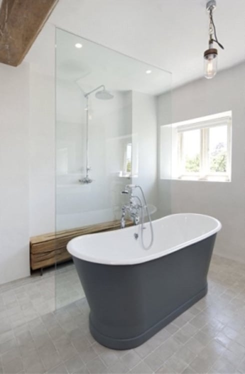 Stones Farm Bathroom:  Bathroom by My-Studio Ltd