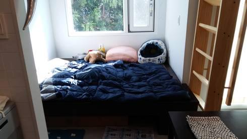 눌치재: 아키제주 건축사사무소의  침실