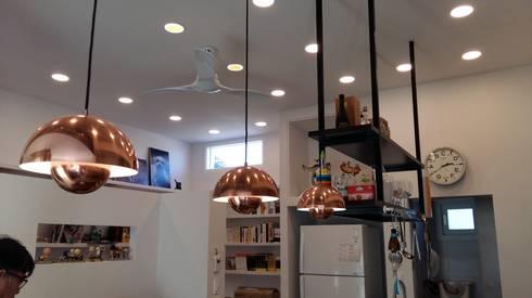 눌치재: 아키제주 건축사사무소의  주방