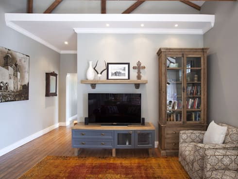 Xperiencemakers Projects: eclectic Living room by Xperiencemakers