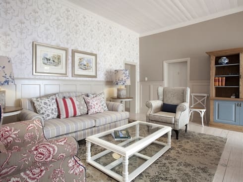 Xperiencemakers Projects: colonial Living room by Xperiencemakers