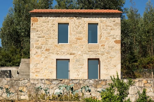 SH HOUSE: Casas escandinavas por PAULO MARTINS ARQ&DESIGN