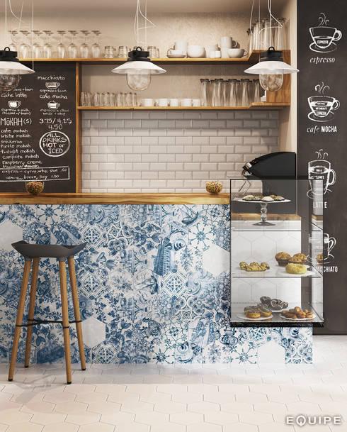 Hexatile Blanco Brillo, Decor Patchwork Lisboa 17,6x20,1: Comedores de estilo rústico de Equipe Ceramicas