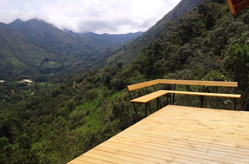 Suite de madera TdE: Terrazas de estilo  por Taller de Ensamble SAS
