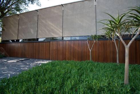 Facade: modern Houses by www.mezzanineinteriors.co.za