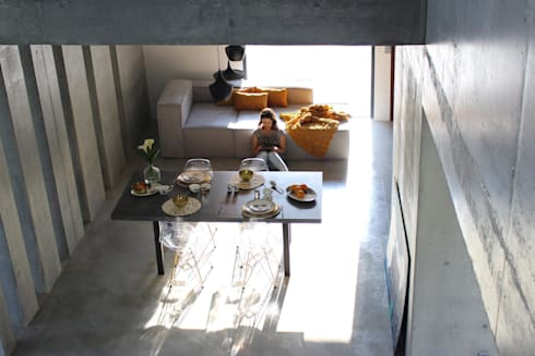 casa SS interiors: Salas de jantar modernas por Artspazios, arquitectos e designers
