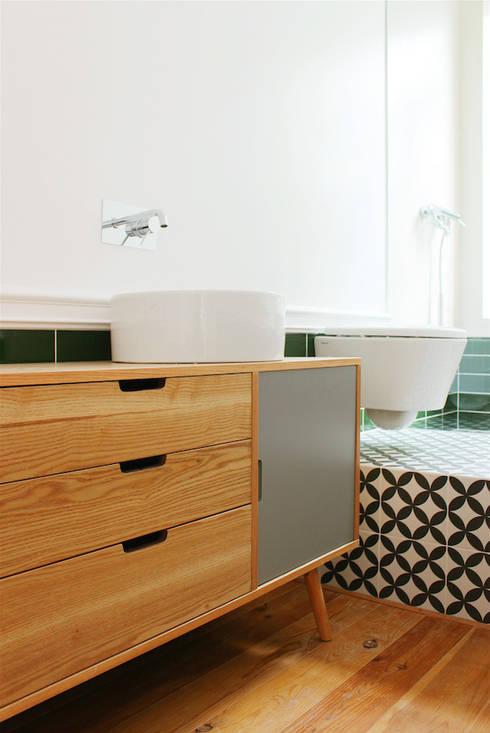 rehabilitation JC: Casas de banho clássicas por Artspazios, arquitectos e designers