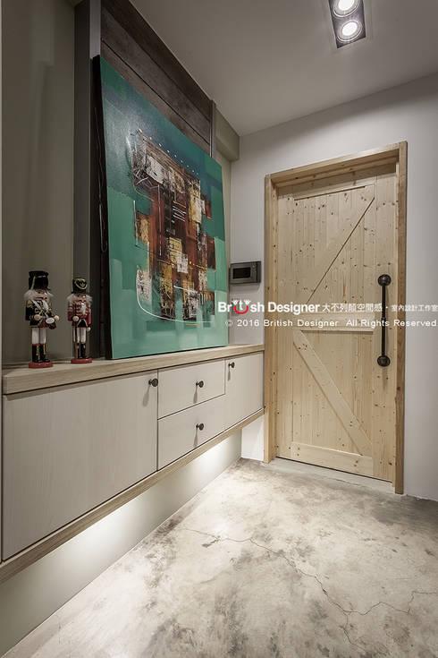 輕工業風-梯間:  窗戶 by 大不列顛空間感室內裝修設計
