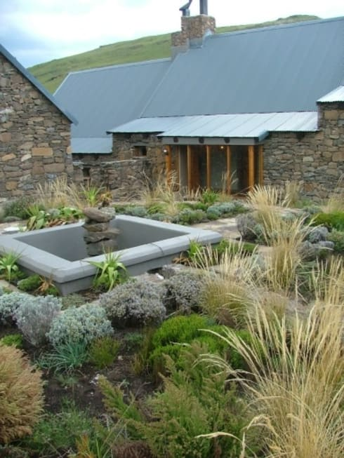 Tenahead lodge: country Houses by Urban concept architects