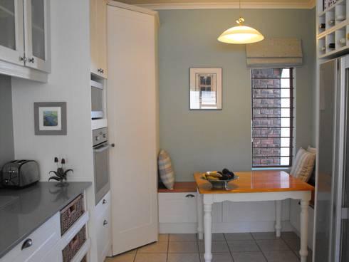 Kitchen renovation:   by Bibby Interior Design