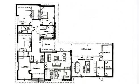 modern Houses by Villa Delphia