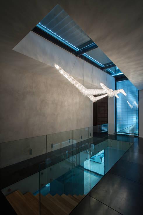 Corridor, hallway & stairs تنفيذ Manooi
