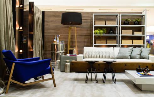 Salas de estar industriais por Matheus Menezes Arquiteto