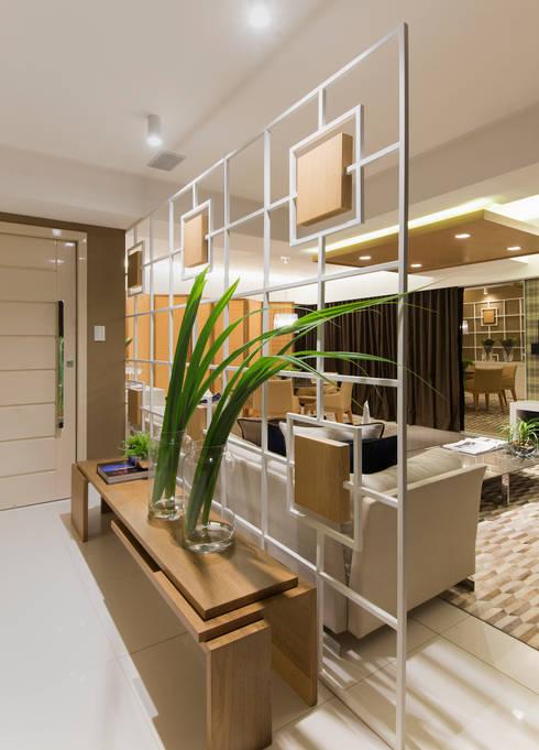 Corridor & hallway by Matheus Menezes Arquiteto