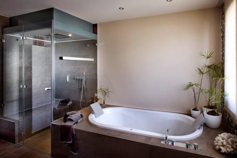 badezimmer produkte mit einem mehr an funktionen von repabad gmbh homify. Black Bedroom Furniture Sets. Home Design Ideas