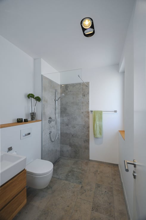 modern Bathroom by GRIMM ARCHITEKTEN BDA