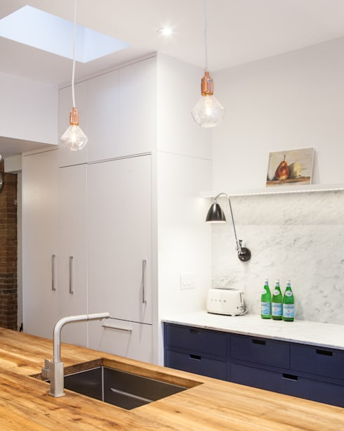 Custom Food Pantry and Hidden Fridge:  Kitchen by STUDIO Z