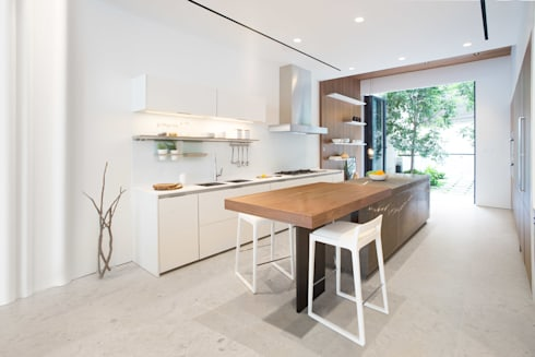 Cooking, Drinking and Chilling: minimalistic Kitchen by Sensearchitects Limited