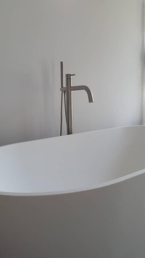 Fabulous In Bremen Moderne Badezimmer Von Raumdesign Tommaso Malerei With Modernes  Badezimmer Ohne Fliesen