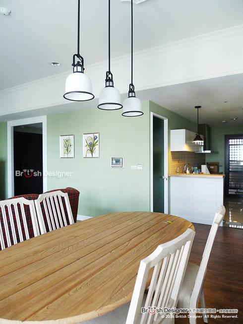 餐廳:  餐廳 by 大不列顛空間感室內裝修設計