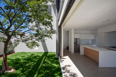 FIRTH 114802 by Three14 Architects: minimalistic Kitchen by Three14 Architects