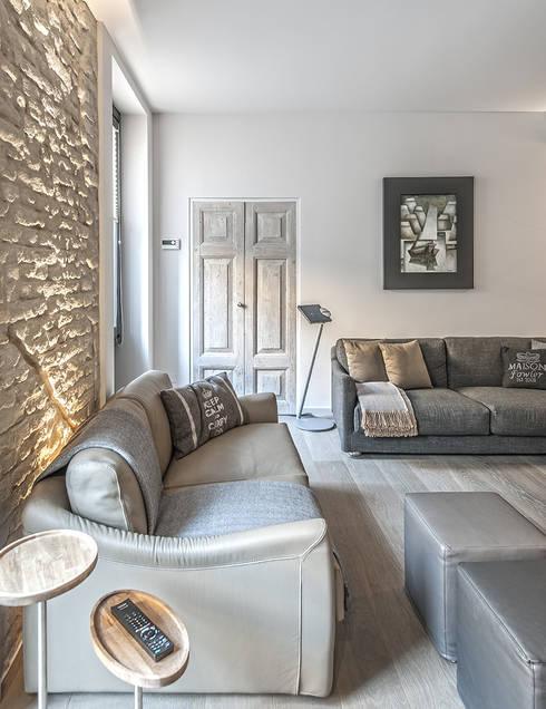modern Living room by BRANDO concept
