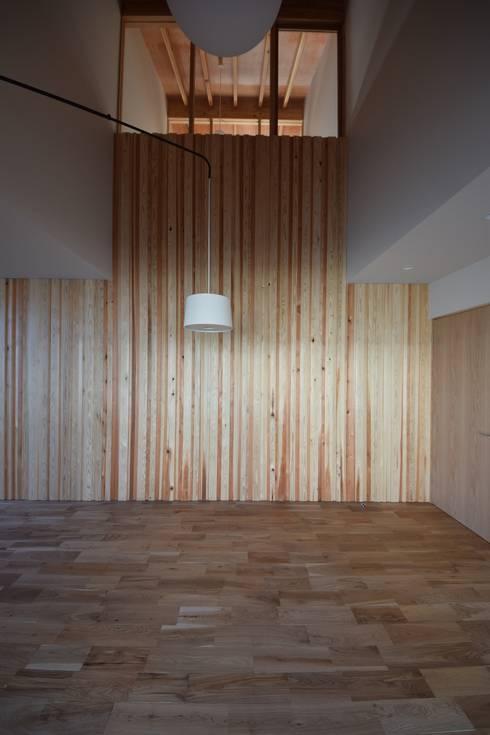 houseTT: Snowdesignofficeが手掛けた和室です。