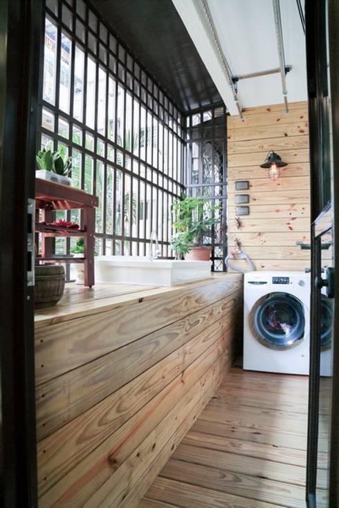 Terrazas de estilo  por 微自然室內裝修設計有限公司