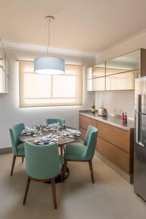 Copa alegre e bem iluminada: Cozinhas  por Lnormand Interiores