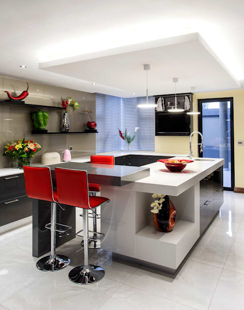 Residence Harris: modern Kitchen by FRANCOIS MARAIS ARCHITECTS