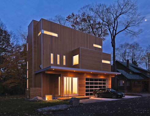 Lighthouse: modern Houses by Linebox Studio