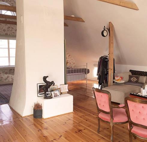 Countryside home Sweden: Casa  por WOW Smart Living