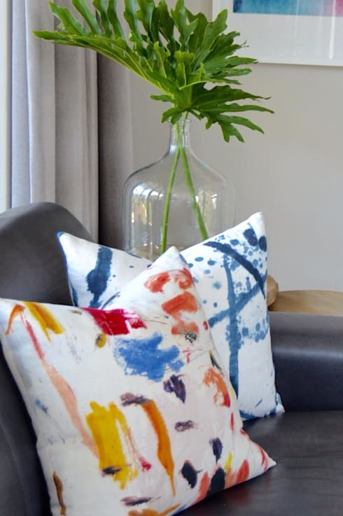 Residential—Steyn City : modern Living room by Nowadays Interiors