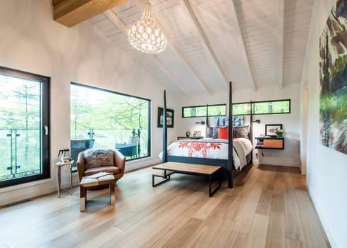 Mad River Chalet: modern Bedroom by BLDG Workshop Inc.