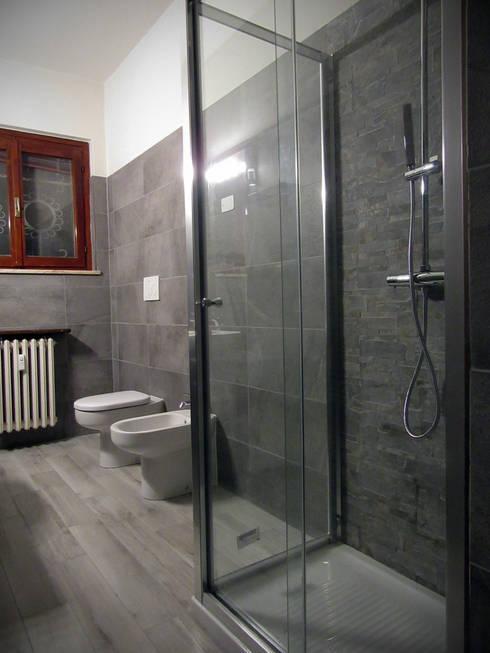 Badkamer door CARLO OMINI ARCHITETTO