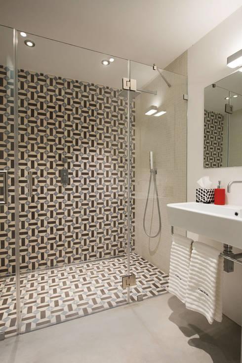 Baños de estilo  por studioarte
