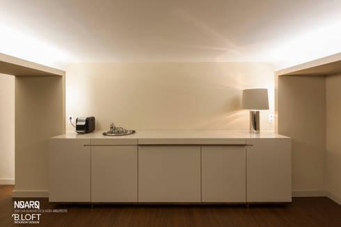 Apoio ao jantar: Salas de jantar clássicas por B.loft