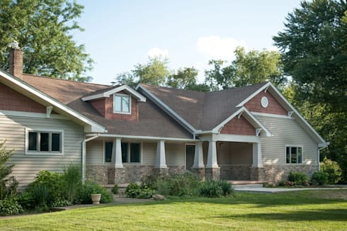 Modern Home: modern Houses by New Leaf Home Design