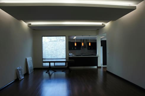 RESIDENCIA ANTIGUO SAN AGUSTIN: Salas de estilo moderno por TREVINO.CHABRAND | Architectural Studio