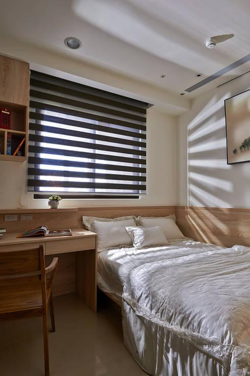 Nursery/kid's room by DYD INTERIOR大漾帝國際室內裝修有限公司