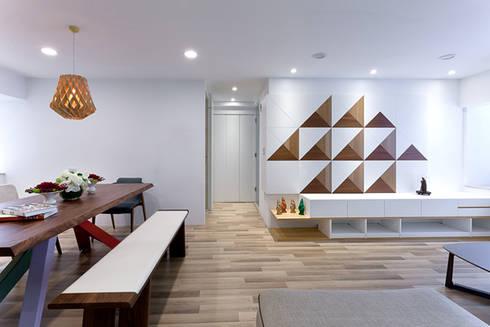 三角和諧:  走廊 & 玄關 by 大晴設計有限公司