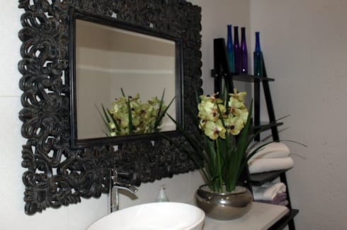 Bathroom Mirror and Vanity: classic Bathroom by Inside Out Interiors