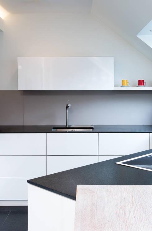 appartementk che nach ma von klocke m belwerkst tte gmbh. Black Bedroom Furniture Sets. Home Design Ideas