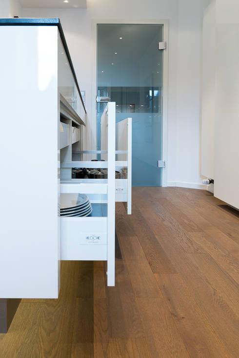 Auszugsystem in der küche moderne küche von klocke möbelwerkstätte gmbh