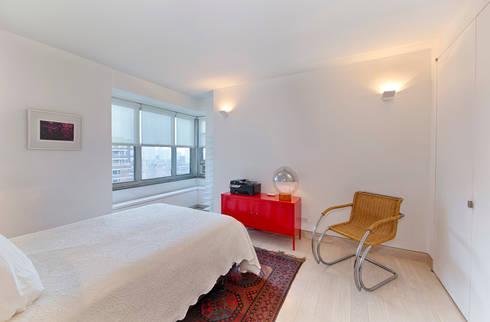 Bedroom : modern Bedroom by Greg Colston Architect