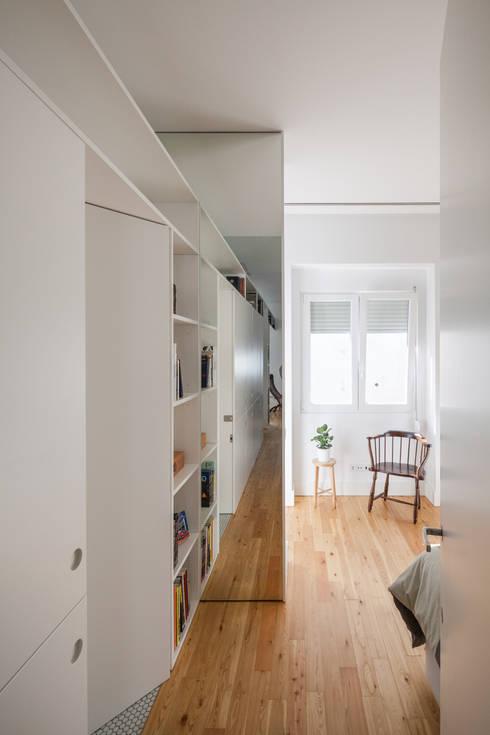 Apartamento AB9: Quartos  por FMO ARCHITECTURE